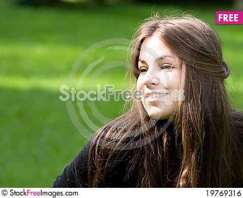 Free Bright Girl In Park Royalty Free Stock Image - 19769316