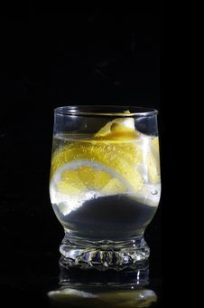 Free Water With Lemon In Glass Royalty Free Stock Photo - 19766985