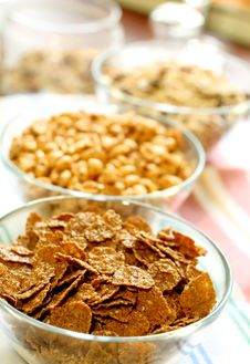 Free Muesli In Glass Bowl Royalty Free Stock Images - 19767049