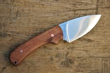 Free Hand Made Hunting Knife Royalty Free Stock Images - 19767199