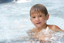 Free Young Boy Swimming In Pool Royalty Free Stock Images - 19769829