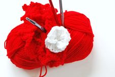 Free Red Yarn On White Stock Image - 19770531