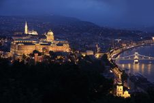 Free Panorama Budapest, Hungary, From Fortress Citadel Stock Photography - 19772522
