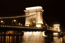 Free Chain Bridge In Budapest, Hungary Royalty Free Stock Photos - 19772688