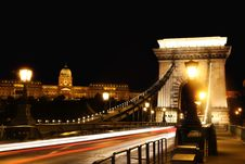 Free Chain Bridge In Budapest, Hungary Royalty Free Stock Photo - 19772695