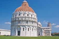 Free Cathedral, Baptistery, And Leaning Tower Of Pisa Stock Photos - 19773113