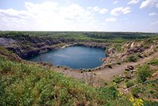 Free Blue Lake In Open Pit Royalty Free Stock Photos - 19774598
