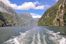 Free Milford Sound. New Zealand Royalty Free Stock Photography - 19774617