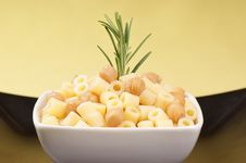 Free Ditalini With Chickpea Royalty Free Stock Photography - 19778127