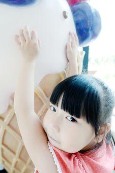 Free Asian Child And Ice Cream Stock Photos - 19782873