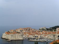 Free Dubrovnik Cityscape Royalty Free Stock Image - 19784236