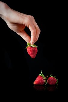 Free Strawberries Royalty Free Stock Image - 19785166