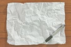 Free Crumpled Blank Paper With Pen Stock Photography - 19789552