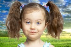 Free Portrait Of A Cute Little Girl Royalty Free Stock Images - 19793999