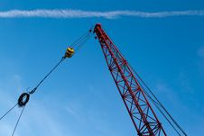 Free The Elevating Crane Royalty Free Stock Image - 19795656