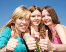 Free Young Girls Express Positivity Stock Photography - 19795662