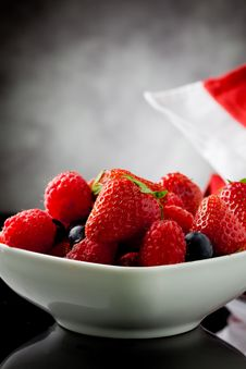 Free Berries Royalty Free Stock Photography - 19797737