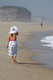 Free Beautiful Woman On The Beach Royalty Free Stock Photos - 19799588