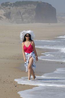 Free Beautiful Woman On The Beach Royalty Free Stock Image - 19799616