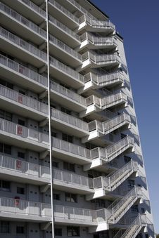 Free Urban Apartment Building Stock Photos - 1983503