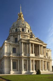 Free Les Invalides In Paris, France Royalty Free Stock Image - 1985006