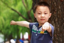 Free Asian Boy Is Doing Exercises Royalty Free Stock Images - 19800339