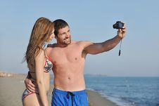 Free Happy Young Couple Have Fun On Beach Royalty Free Stock Images - 19808859