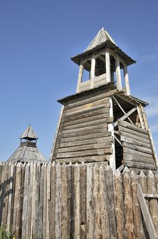 Free Wooden Watchtower. Stock Image - 19814071