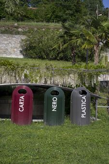 Free Recycling In A Park Stock Image - 19817391