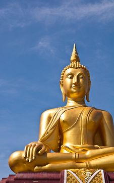 Golden Buddha Statue With Blue Sky Background Stock Photography