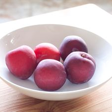 Free Fresh Plums Royalty Free Stock Images - 19823159