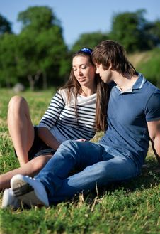 Free Young Pair Relax In Park Royalty Free Stock Photo - 19824895