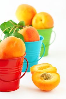 Free Apricots Stock Photos - 19828653