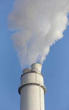 Free Smokin Smokestack Royalty Free Stock Photo - 19829365