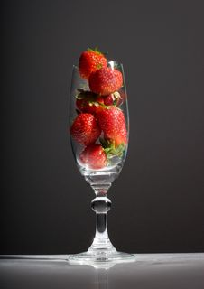 Free Strawberries Cup Stock Image - 19829831