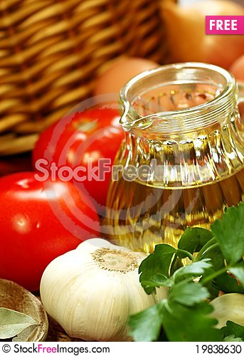 Free Olive Oil And Vegetables Stock Photo - 19838630