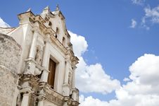 Free Baroque Church In Havana, Cuba Stock Photo - 19834230
