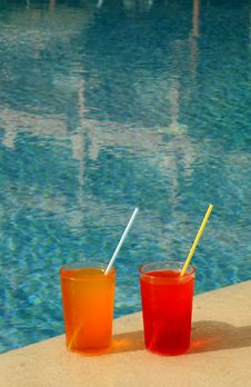 Free Drinking Glasses By The Pool Royalty Free Stock Photo - 19837535