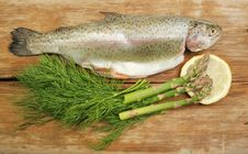 Free Trout And Herbs Stock Photo - 19838610