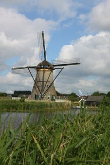 Free Windmill At Kinderdijk Royalty Free Stock Photography - 19838827
