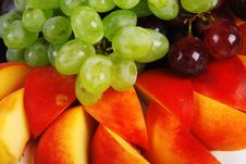 Free Grape And Peach Royalty Free Stock Photography - 19838937