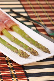 Free Steamed Asparagus And Raw Ham Stock Images - 19839754