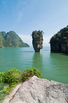 Free Koh Tabu, Or James Bond Island. Royalty Free Stock Photos - 19842468