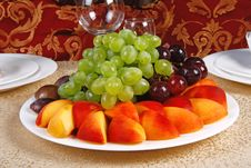 Free Grape And Peach Stock Photography - 19849172