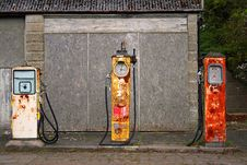 Free Old Fashion English Village Filling Station/garage Stock Images - 19849274