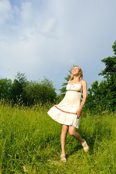 Free Dancing Woman On The Meadow Royalty Free Stock Photo - 19851835