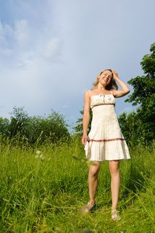 Free Woman On The Meadow Stock Photography - 19851912