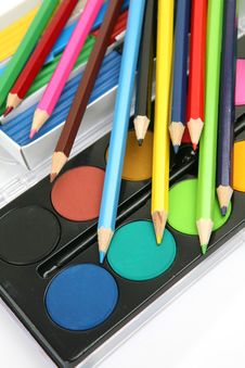 Free Color Pencils And Paints Royalty Free Stock Image - 19854326