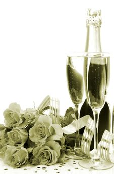 Free Wine And Roses Royalty Free Stock Images - 19854409