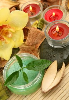 Free Flowers And Candles Stock Image - 19854841
